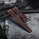 Nezumi Strap - Rindt in brown with polished buckle