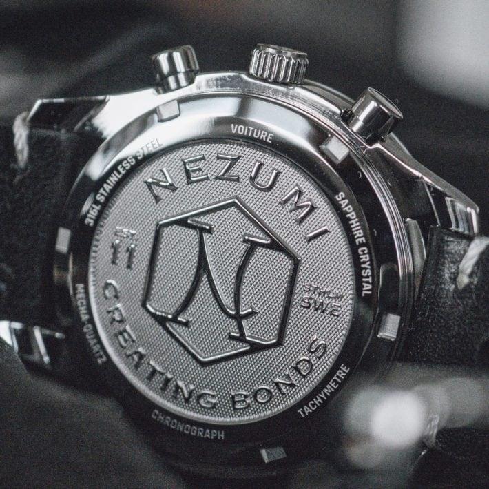 Nezumi Studios Voiture racing chronograph watch case back close up