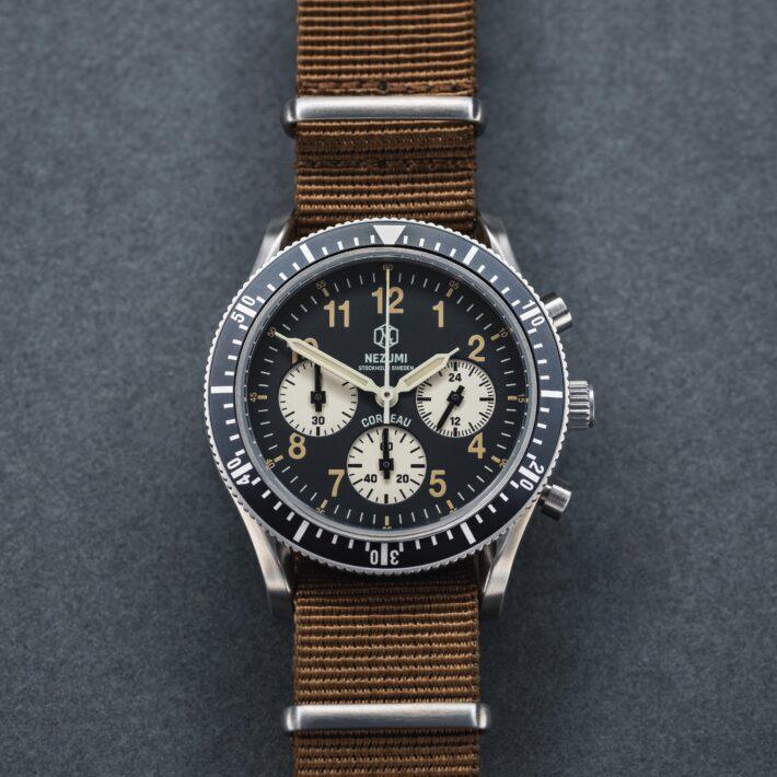 Nezumi Studios Watch Corbeau aviation chronograph with nato strap