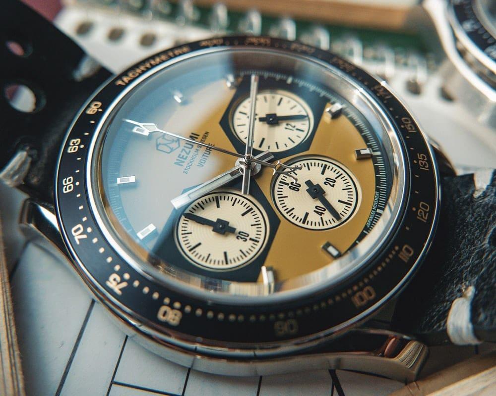 Voiture racing chronograph ref. VQ2. 501 watch by Nezumi Studios