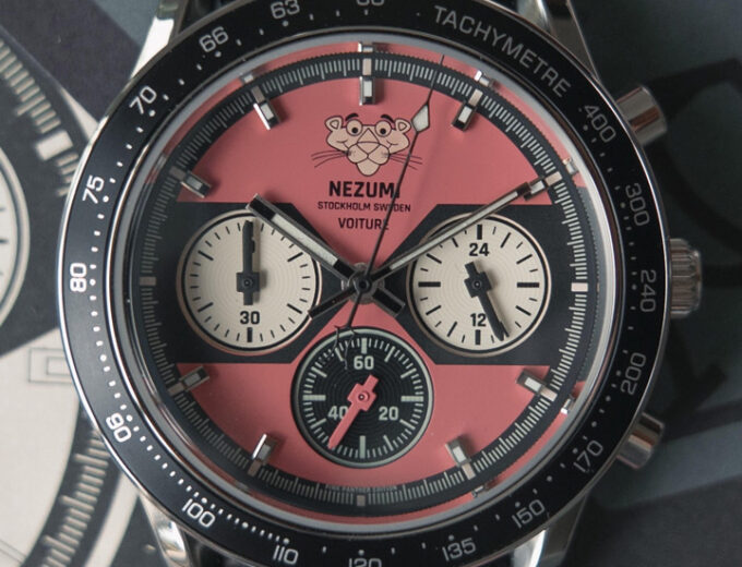 Nezumi Studios Specials Watch Pink Panther Voiture racing chronograph