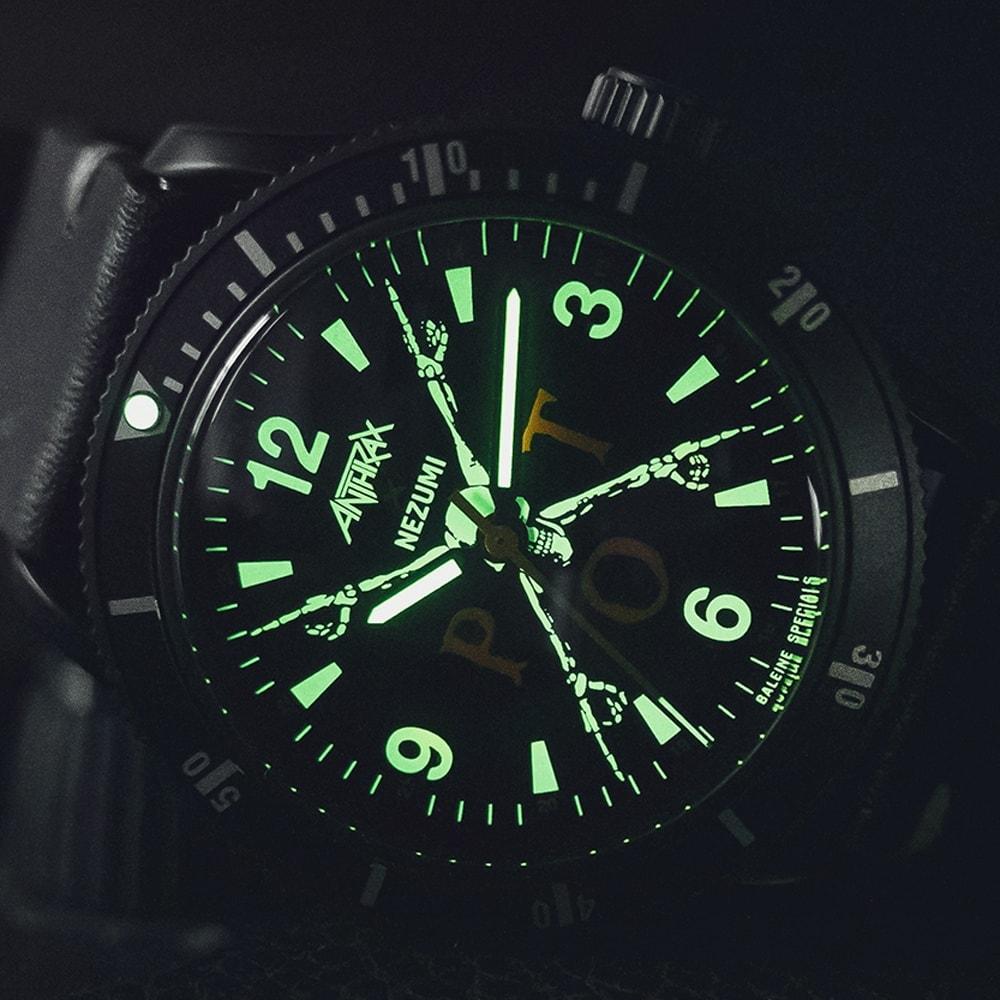 Nezumi X Anthrax Baleine dive watch illuminated